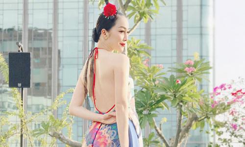 Linh Nga khoe trọn lưng trần sexy khi đi sự kiện