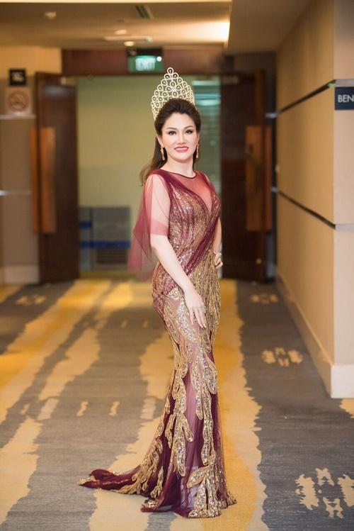 Tân Hoa hậu Doanh nhân Việt Nam Thế giới 2017 của người đẹp Xuân Hương