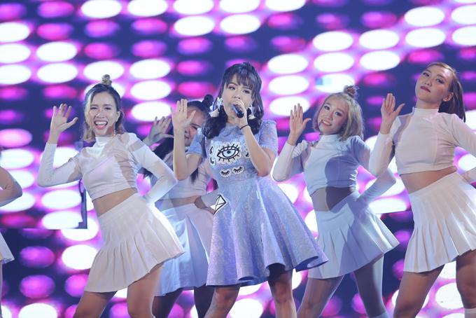 khoi-my-co-nhieu-dong-luc-lam-viec-hon-sau-dinh-hon-8