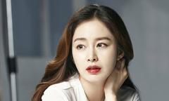 Kim Tae Hee bầu 4 tháng vẫn bận rộn ghi hình quảng cáo