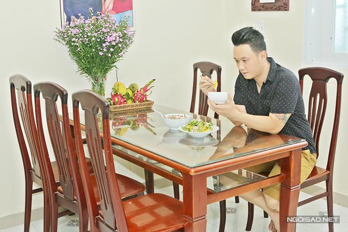 han-thai-tu-khoe-nha-rieng-nho-xinh-o-tp-hcm-5
