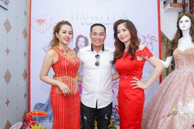 a-hau-huong-le-hoa-hau-hinh-the-tuyen-lisa-khai-truong-hano-lisa-fashion-4