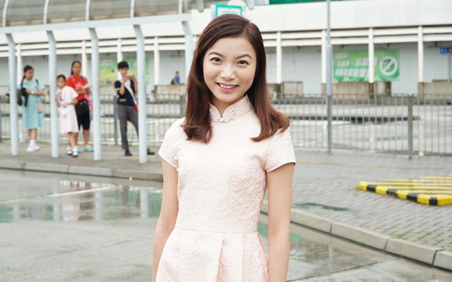 nhan-sac-thi-sinh-vong-so-khao-miss-hong-kong-khien-khan-gia-phat-hoang-1