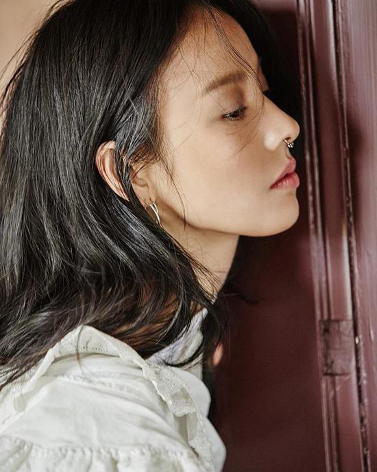hinh-anh-doi-thuong-binh-di-cua-vo-chong-lee-hyori-6
