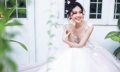 Á hậu Thanh Tú 'hoá' cô dâu kẹo ngọt