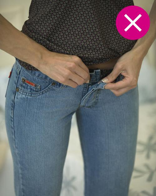 Hạn chế mặc quần jeans bó