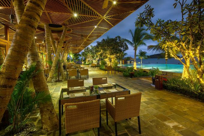 ky-nghi-he-gia-uu-dai-tai-resort-5-sao-o-nha-trang-3