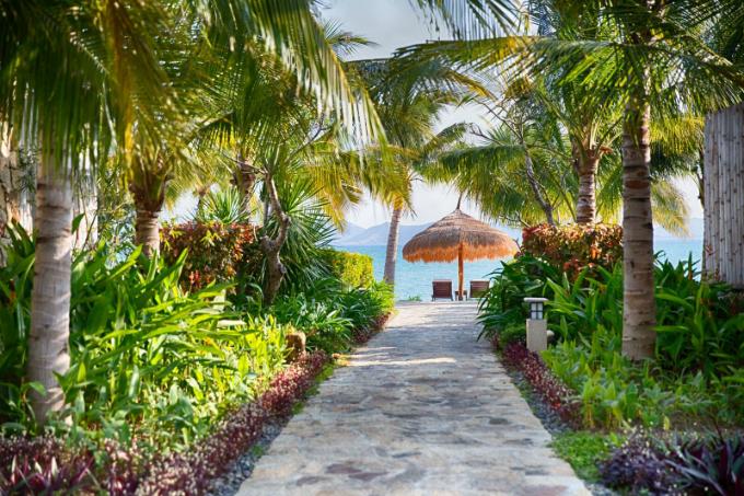 ky-nghi-he-gia-uu-dai-tai-resort-5-sao-o-nha-trang-2