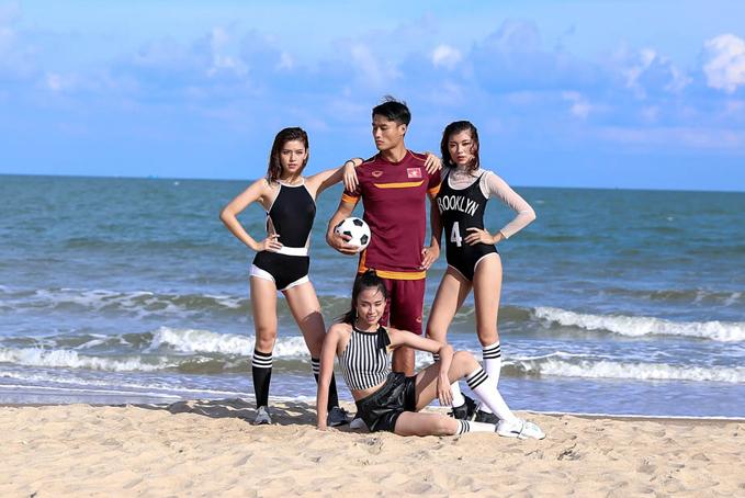 3 huấn luyện viên thể hiện sự lăn xả để hướng dẫn từng thành viên trong đội của mình khai thác thế mạnh và tạo nên nét cuốn hút khi tham gia chụp ảnh cùng cầu thủ nổi tiếng.