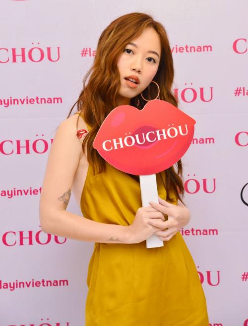 dan-beauty-blogger-du-su-kienra-mat-my-phm-chou-chou-5