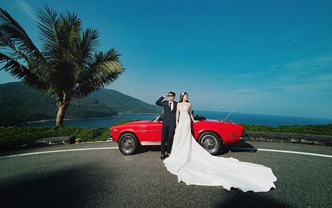 Chủ nhân của đám cưới là chú Nguyễn Vũ Linh, sinh năm 1986, và cô dâu Đặng Ngọc Tuyết, sinh năm 1999. Cặp đôi sống ở Đông Anh, Hà Nội.