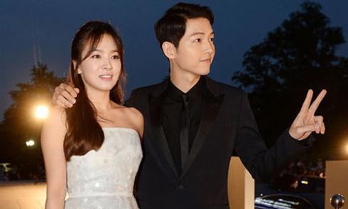 Song Hye Kyo và Song Joong Ki viết tâm thư cho fan chia sẻ chuyện tình yêu