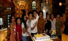 Rocker Nguyễn được đoàn phim Glee Việt Nam tổ chức sinh nhật