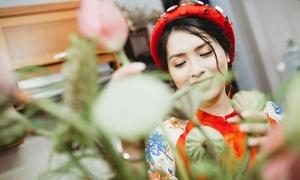 Mang nét truyền thống vào lễ ăn hỏi hiện đại bằng hoa sen trắng