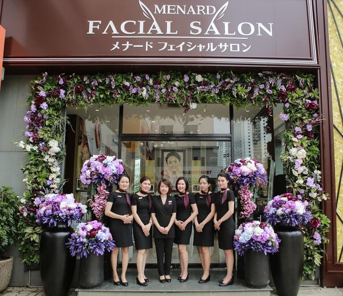 Nhân dịp khai trương, từ 3/7 đến 31/7, Menard tặng nhiều ưu đãi khi bạn đến Shop & Facial Salon tại 18T2 Lê Văn Lương, Trung Hòa Nhân Chính, quận Thanh Xuân, Hà Nội.