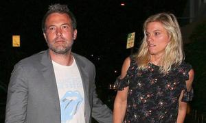 Ben Affleck đón bạn gái mới đến ở cùng sau 3 tháng ly hôn Jennifer Garner