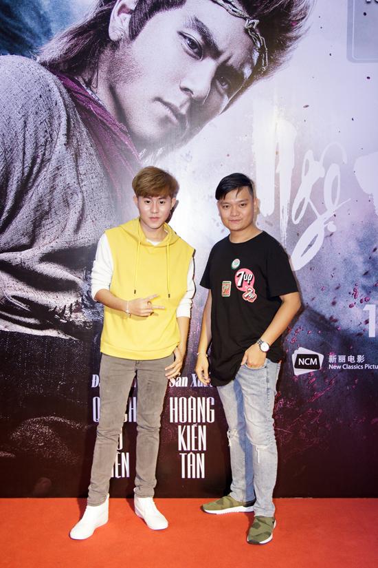 Stylist Trịnh Tú Trung và ca sĩ Fame Chí Thành.