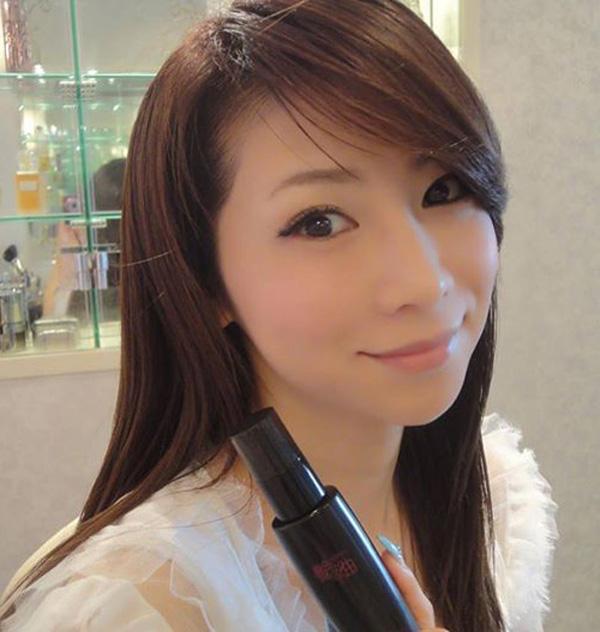 Masako cho biết, cô duy trì các thói quen làm đẹp