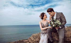 Thành viên nhóm La Thăng chụp ảnh cưới lãng mạn tại đảo Lý Sơn