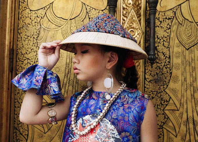 mau-nhi-viet-khoe-dang-cuon-hut-tai-bangkok-5