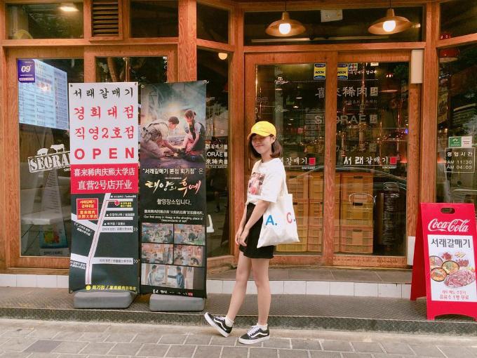 quan-thit-nuong-sieu-hot-nho-song-joong-ki-song-hye-kyo-14