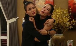 Truyền hình thực tế khiến mẫu Việt mang tiếng 'vô văn hóa'