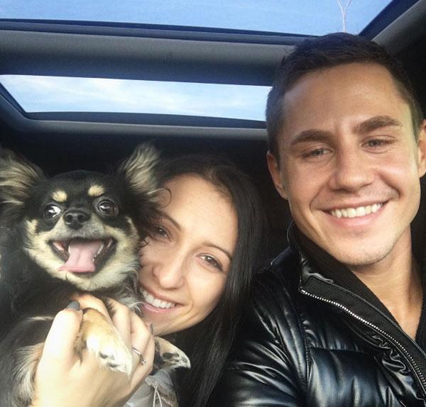 Cuarơ người Ba Lan và bạn gái.