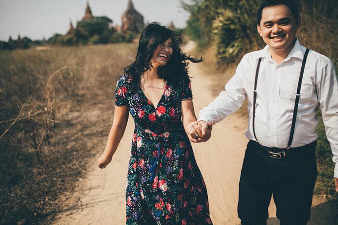 Cô dâu Gia Linh và chú rể Hồng Anh quen nhau cách đây hơn 2 năm khi cùng giảng dạy tại một ngôi trường ở Sài Gòn.