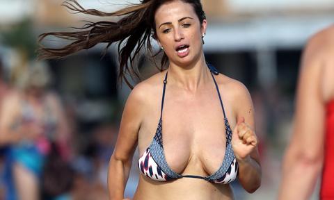 8 thói quen xấu phá hỏng dáng ngực