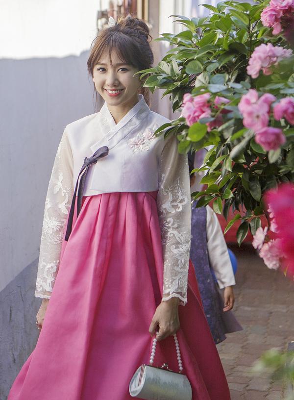 hari-won-tiet-lo-ve-cuoc-song-em-am-hanh-phuc-o-nha-chong