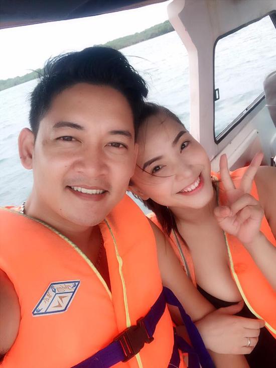 hai-bang-mac-bikini-khoe-dang-thon-gonsau-vai-thang-sinh-con-7