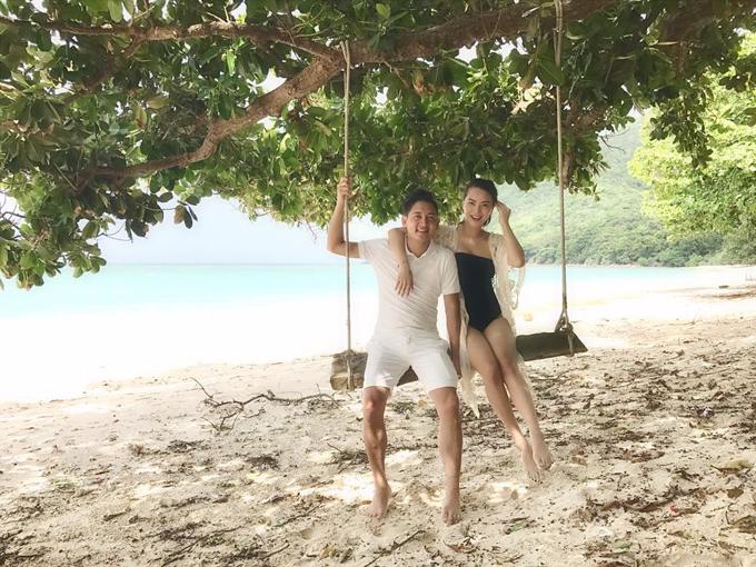 hai-bang-mac-bikini-khoe-dang-thon-gonsau-vai-thang-sinh-con-6