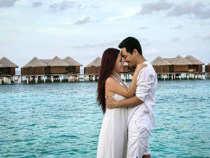 vo-chong-mc-phan-anh-tron-3-con-sang-maldives-ky-niem-17-nam-ben-nhau-1