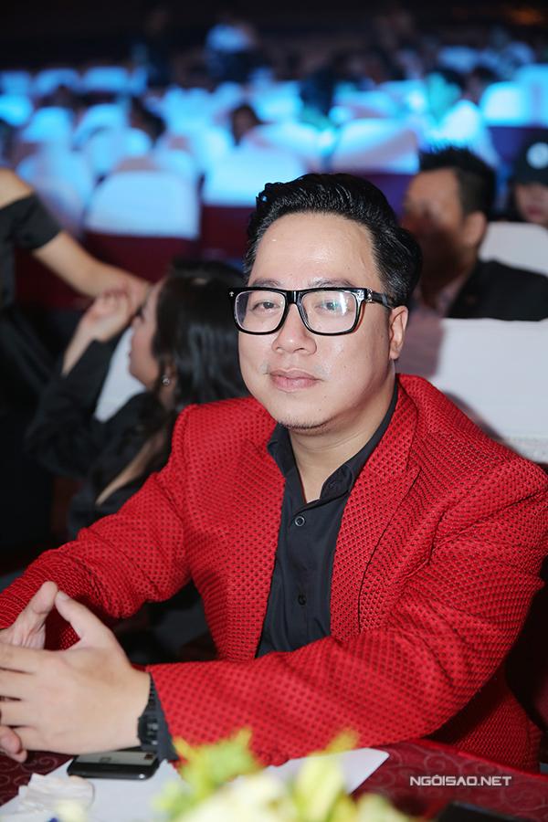 huyen-my-do-nhan-sac-voi-hari-won-trong-su-kien-4