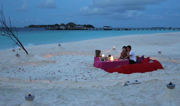 ngoc-duyen-to-chuc-sinh-nhat-cho-ban-trai-dai-gia-o-maldives-4