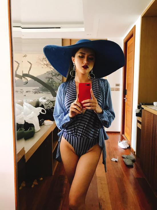 huong-giang-idol-khoe-duong-cong-hut-mat-voi-bikini-sau-2-thang-mat-tich-5