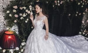 Những bộ váy cưới bay bổng như mây cho cô dâu mùa thu