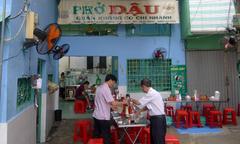 Quán phở 'lệch' khẩu vị người Sài Gòn nhưng lúc nào cũng đông khách