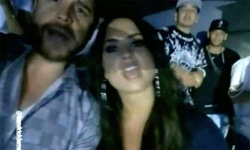 Lộ ảnh Neymar hẹn hò đi nghe nhạc với ca sĩ Demi Lovato