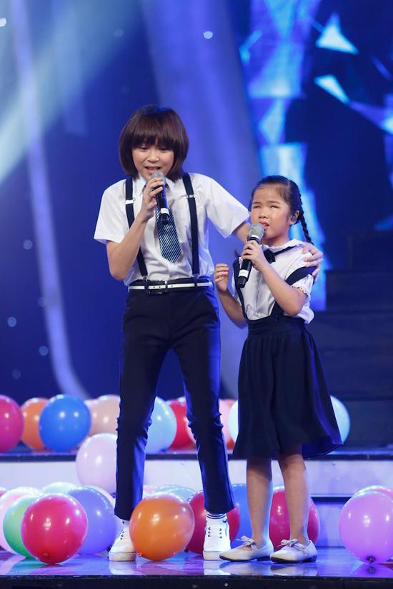 giam-khao-xuc-dong-khi-chia-tay-co-be-khiem-thi-tai-vietnam-idol-kids-2
