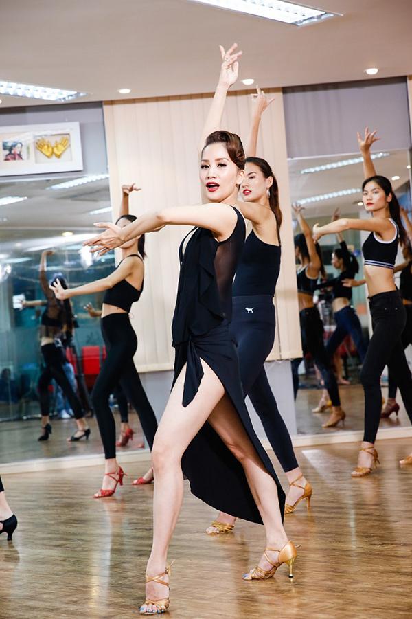 Ở tập 6, Top 9 của chương trình người mẫu Việt Nam Vietnams Next Top Model All Stars 2017 đã cuộc gặp gỡ với nữ Kiện tướng Khiêu vũ Quốc tế Khánh Thi.