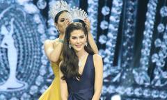 Vẻ đẹp lai kiêu sa của Tân hoa hậu Hoàn vũ Thái Lan 2017