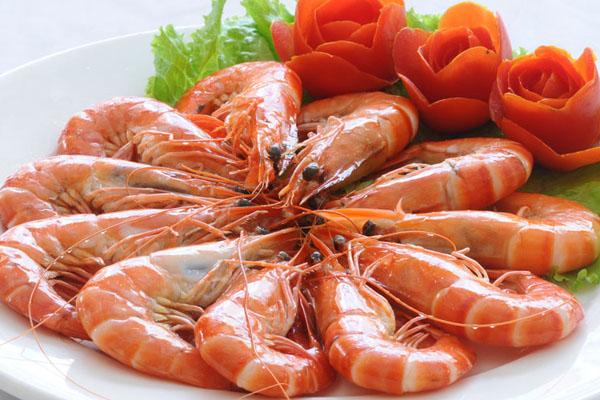 Tôm và các loại hải sản luôn là những món ăn bổ dưỡng cho người cần tăng cân.