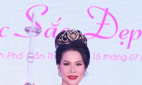 Các Hoa khôi doanh nhân tỏa sáng với trang sức ngọc trai