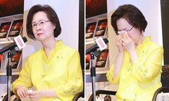 Bị con chồng hắt hủi, Quỳnh Dao khóc mong một ngày đoàn viên