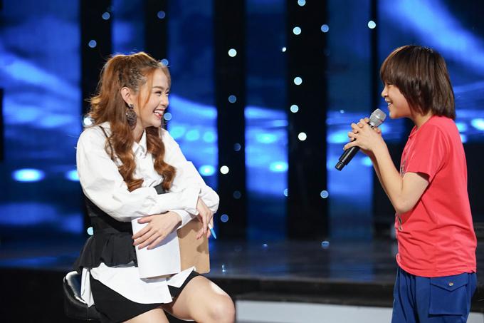 minh-hang-tan-tinh-huong-dan-top-3-idol-kids-truoc-dem-chung-ket-4