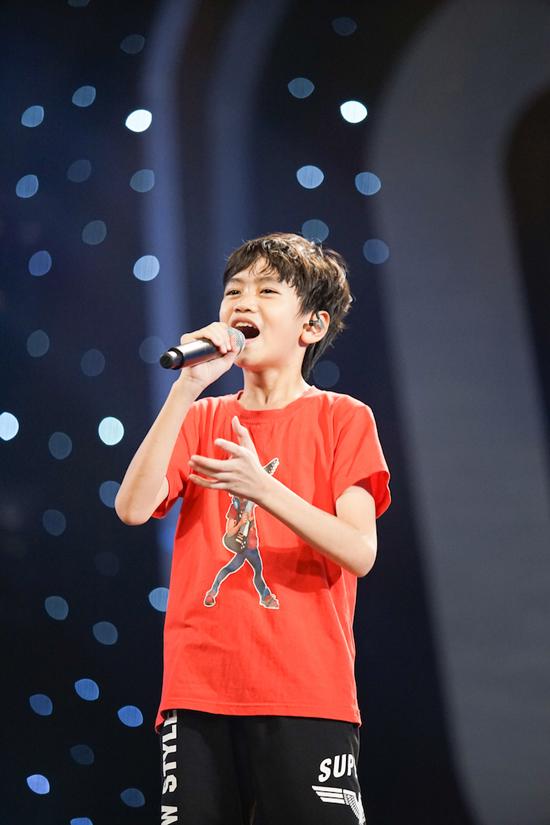 minh-hang-tan-tinh-huong-dan-top-3-idol-kids-truoc-dem-chung-ket-8