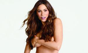 'Nữ hoàng phim truyền hình Mỹ' than khổ vì bộ ngực quá lớn