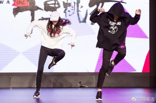 luu-diec-phi-khien-fan-ho-het-voi-man-nhay-hip-hop-dieu-luyen-5