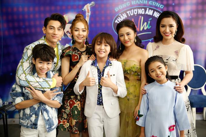 minh-hang-muon-de-lien-khi-xem-thien-khoi-trinh-dien-tai-idol-kids-2